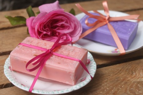 Soap & Saucer